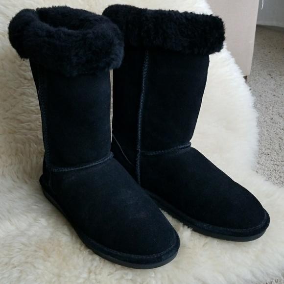 a5fa77fb286de BearPaw Shoes | Black Suede Rollover Cuff Boots | Poshmark